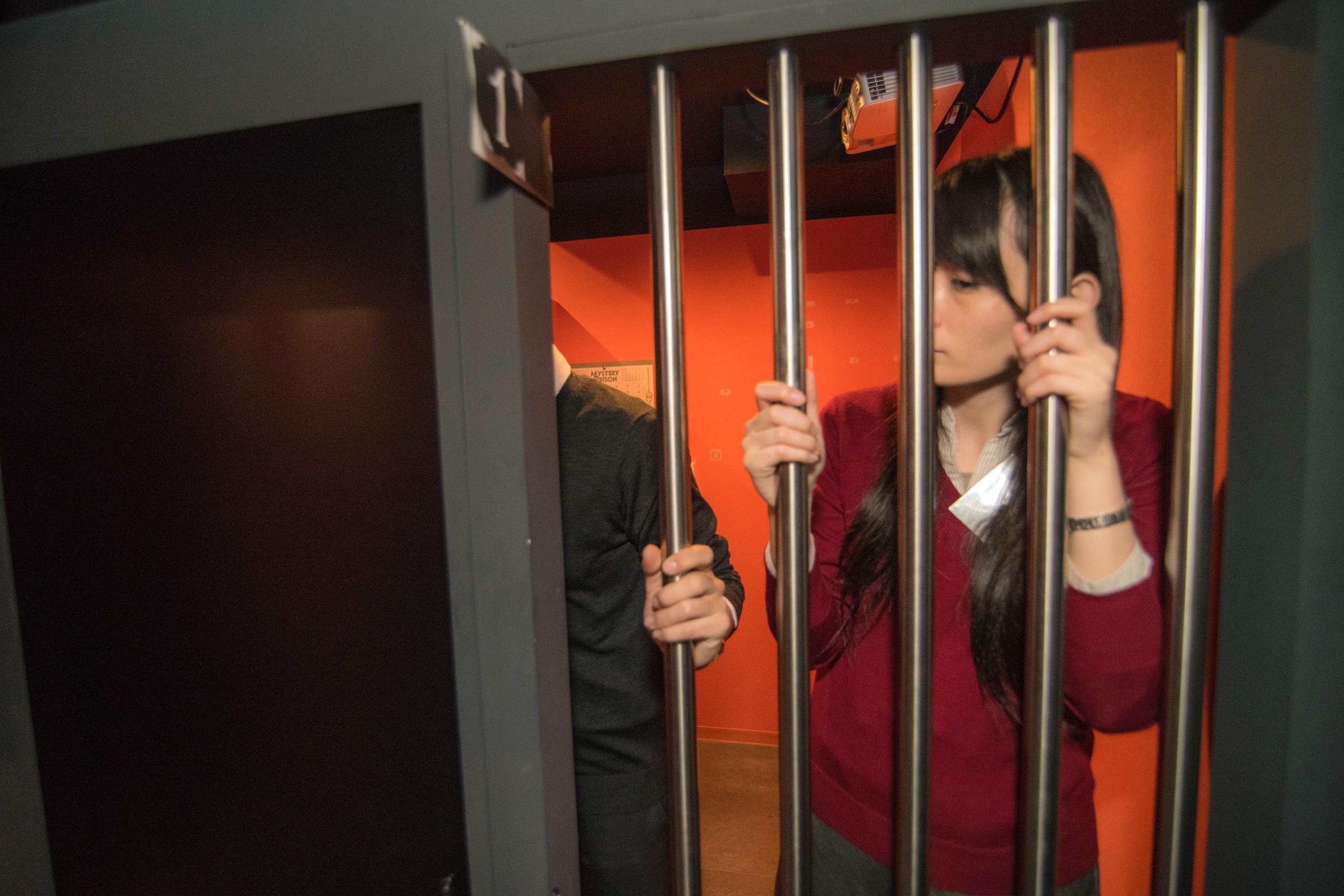 リアル脱出ゲーム「ある刑務所からの脱出」に、一足早くカップルで挑戦してみた